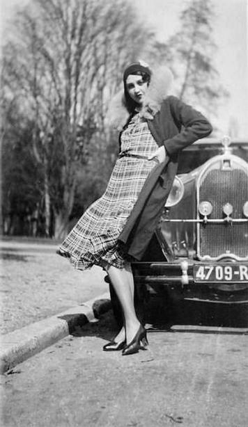 Renee Perle-Jacques Henri Lartigue, 1930