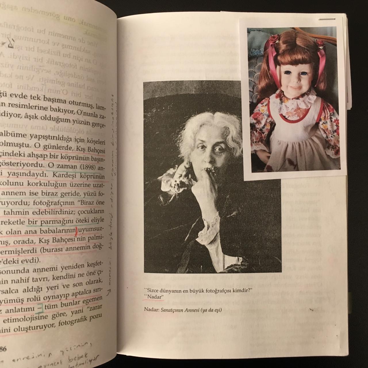Camera Lucida, Fotoğraf Üzerine Düşünceler, Roland Barthes, Türkçesi Reha Akçakaya, 6.45 Yayın, 2008